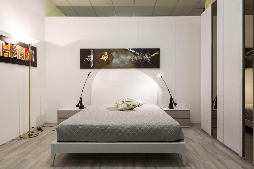 Camere da letto moderne imola ronchi arredamenti for Camere da letto moderne marche