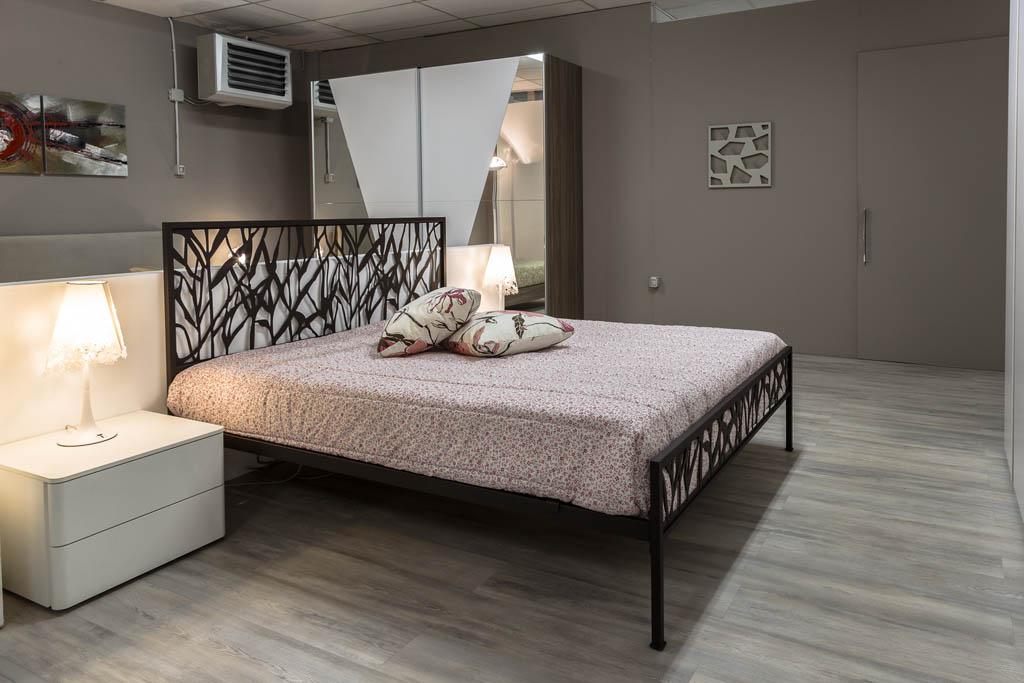 Camere da letto moderne imola ronchi arredamenti - Progettare la camera ...