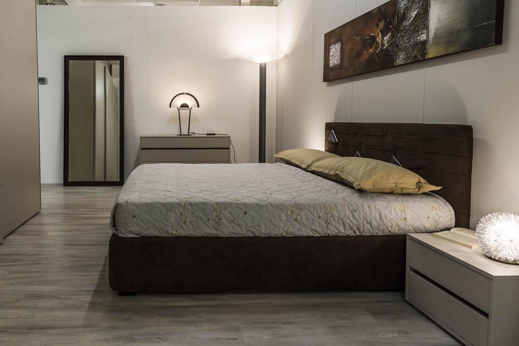 Camere da letto moderne imola ronchi arredamenti for Progettare una camera da letto