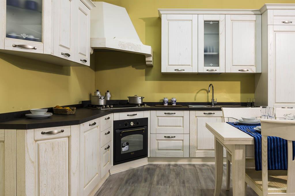 Cucine classiche Imola, Cucine in muratura | Ronchi Arredamenti