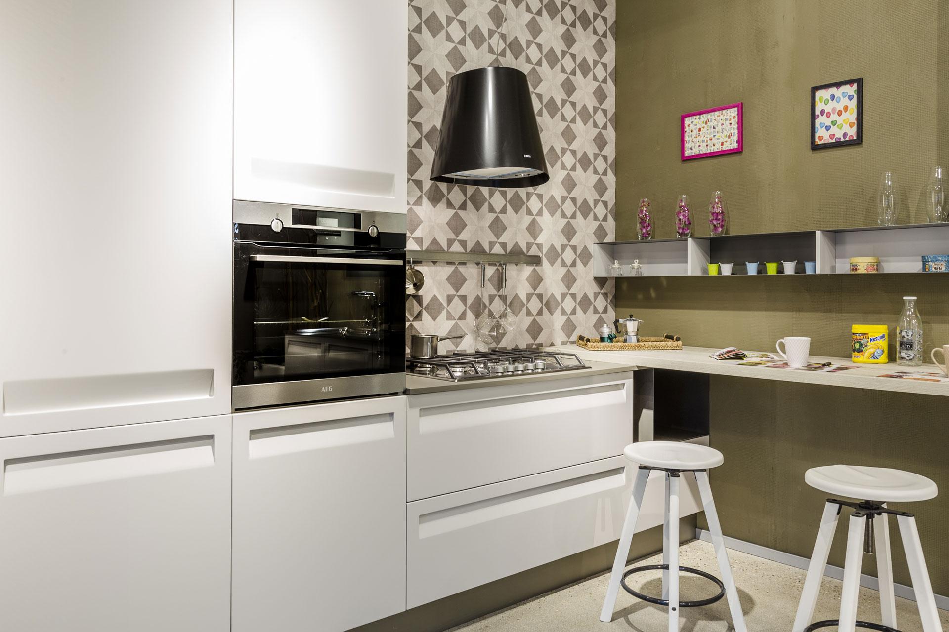 Cucine moderne stosa imola ronchi arredamenti for Arredamenti moderni cucine